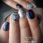 nails-company-Base-repair-Pearl-blue-artistic-paint-white-et-glam1001
